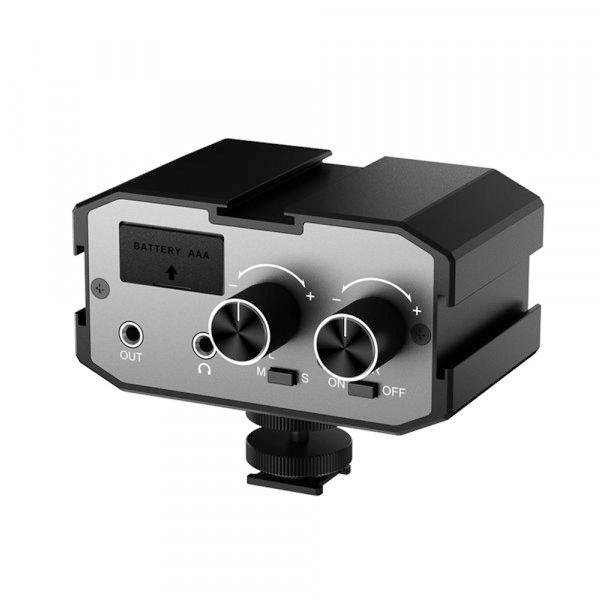 Двухканальный аудиомикшер Comica CVM-AX1 Dual-Groups Audio Mixer