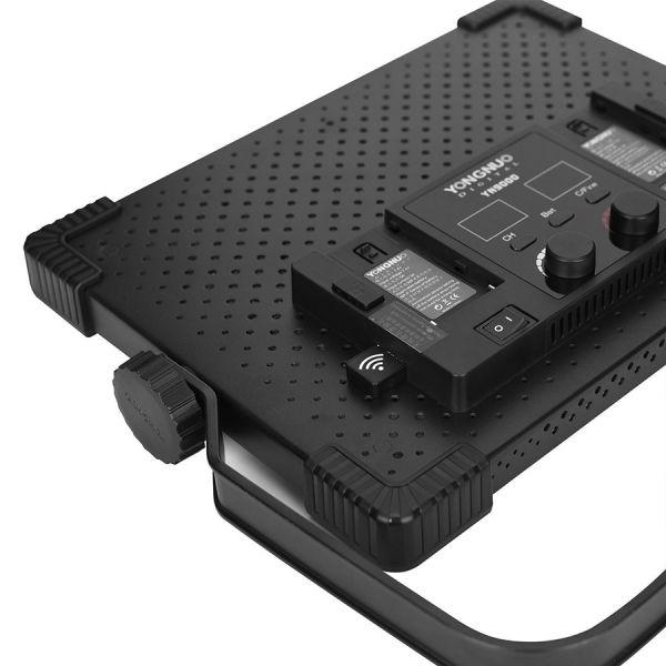 LED осветитель Yongnuo YN9000 Kit 3200-5600K с софтбоксом и пультом управления